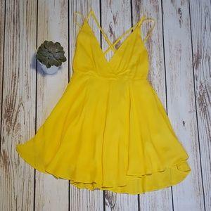 NWT Forever 21 Yellow Mini Shift Dress   Size M